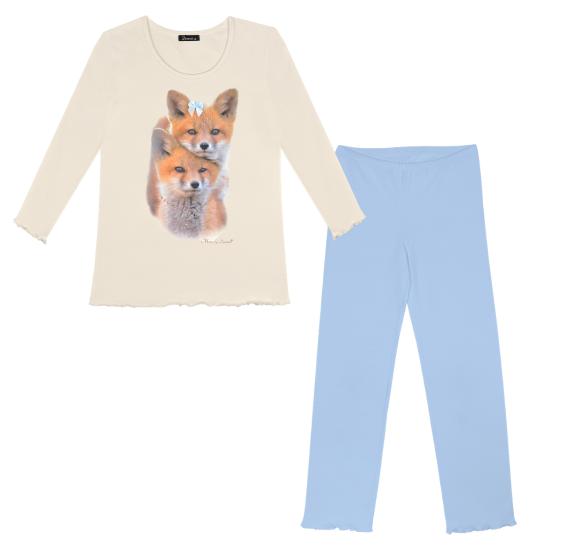 Pyjama foxes