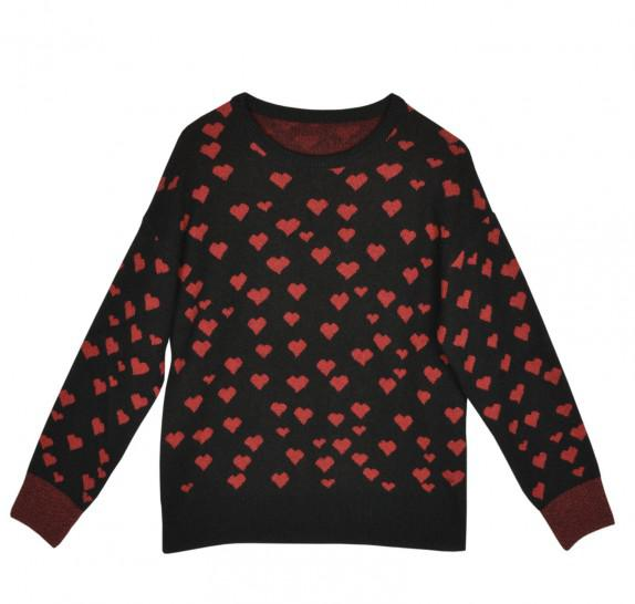 Cute heart pullover